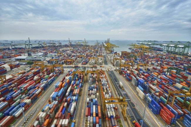 The Port Of Singapore : One Of The Busiest Ports In The World
